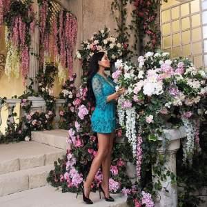 """FOTO / Ea e Sofia Saravda, cea mai bogată femeie din lume: """"Trăiesc mereu într-un Paradis"""""""