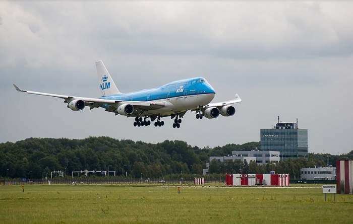 Aterizare de urgenţă pe aeroportul Otopeni! Panică printre pasageri