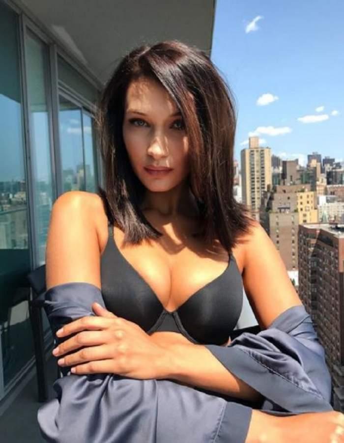 FOTO / Bella Hadid nu se cumințește! Sexy fotomodelul a ieșit pe stradă cu sfârcurile la vedere