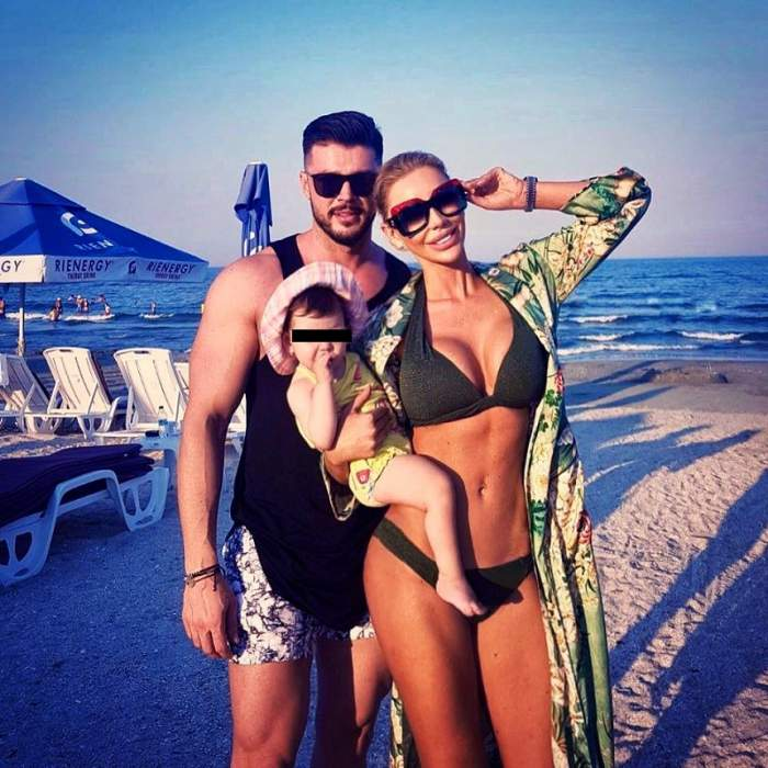 FOTO / Bianca Drăguşanu şi fetiţa, două dive de senzaţie la Marea Neagră! Uite cum sunt îmbrăcate cele două