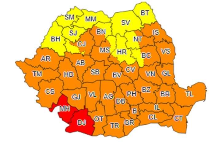 Canicula continuă în România! Două judeţe vor fi sub cod roşu, iar în restul ţării cod portocaliu de căldură