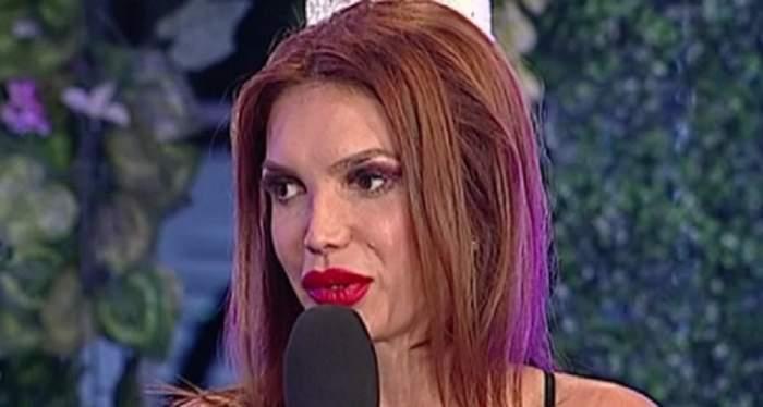 """FOTO / Cristina Spătar a izbucnit în lacrimi la TV: """"Ştie prin ce trec, prin ce am trecut"""""""
