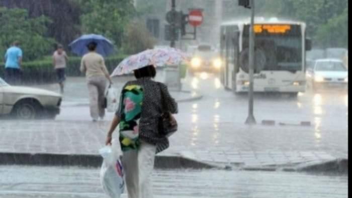 Alertă meteo: vin ploile şi vijeliile! Vezi zonele în care toamna îşi intră în drepturi