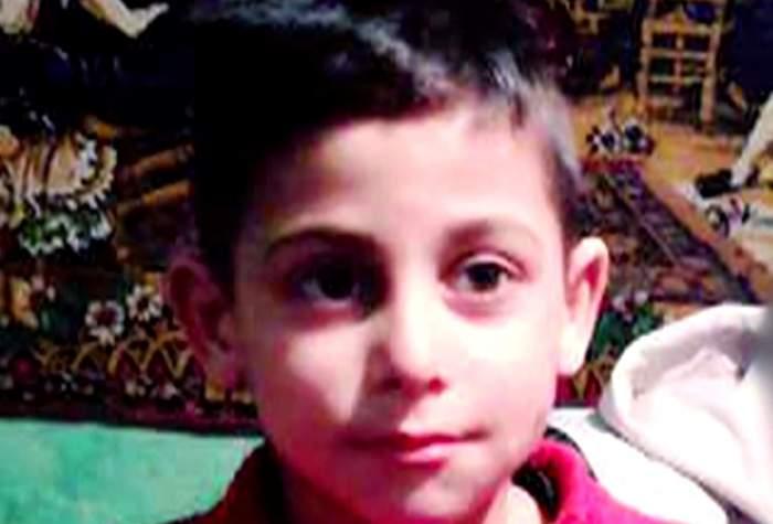 VIDEO / 10 zile fără fiul lor! Claudiu, un băiat în vârstă de 8 ani, căutat cu disperare de părinţi