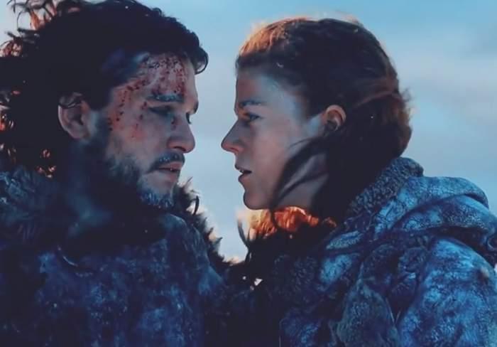 """VIDEO / Spune PA-PA burlăciei. Actorul care îl interpretează pe Jon Snow în """"Urzeala Tronurilor"""" s-a logodit"""