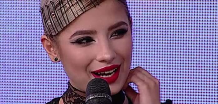 """VIDEO / Fata Catincăi Roman s-a cuminţit! De la copil-rebel, la vedetă-model: """"Îmi pare rău că..."""""""
