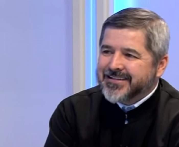 """FOTO / Părintele Vasile Ioana vorbeşte despre ce efecte poate avea Ziua Sfântă asupra omului:  """"Acesta e un îndemn, dacă vrei să se întâmple ceva în viaţa ta"""""""