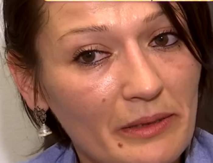 """VIDEO / Mama, sac de box în faţa fiilor săi. Acuzaţii extrem de grave: """"Şi-a dat pantalonii jos în faţa copilului de 12 ani"""""""