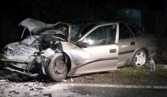 VIDEO / Accident grav între Deva şi Logoj. Un TIR a intrat pe contrasens într-o maşină
