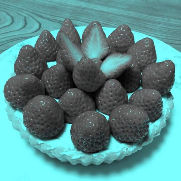 FOTO / Testul momentului! Ce culoare au căpșunele din imagine? Răspunsul te va surprinde!