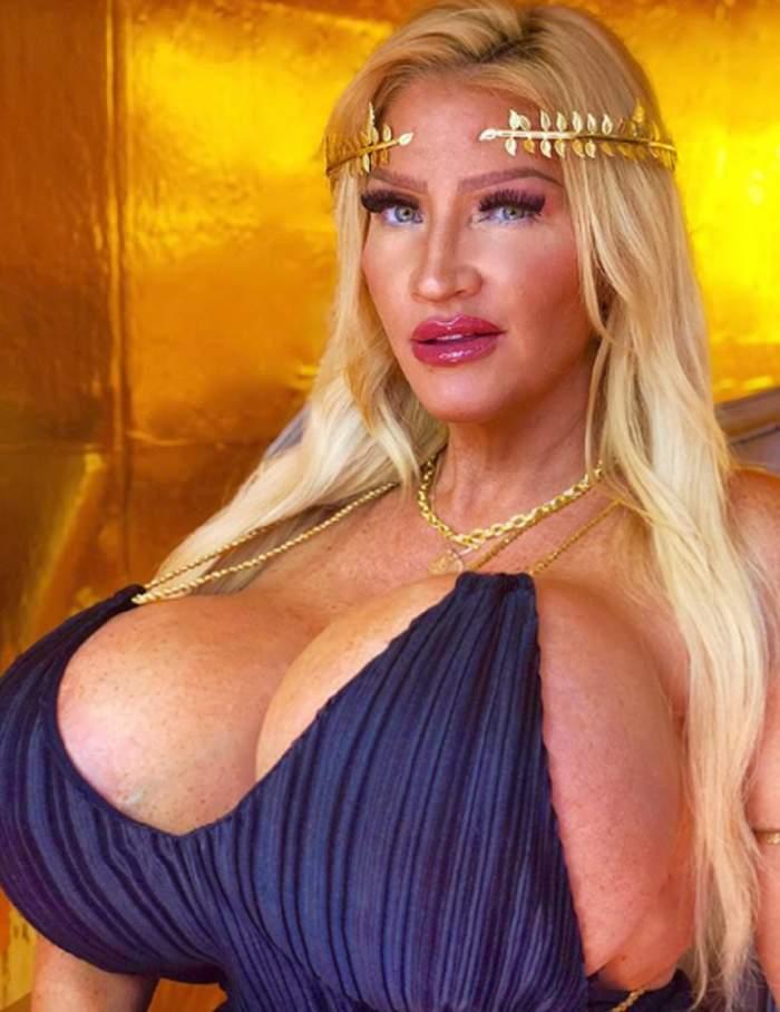 VIDEO / Femeia cu cele mai mari silicoane din lume a ajuns iar pe mâna esteticianului! S-a mutilat cu ultima operație