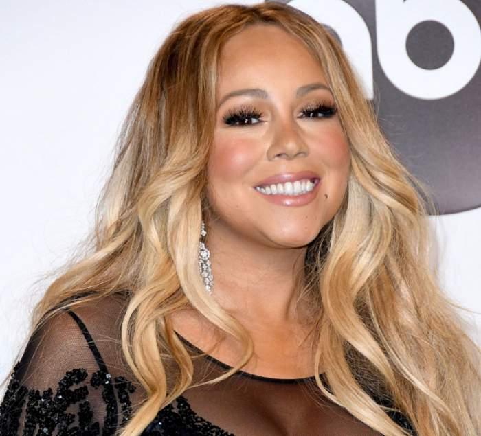FOTO / Are aproape 50 de ani, dar e o bombă sexy! Mariah Carey s-a afișat la un eveniment cu lenjeria intimă la vedere