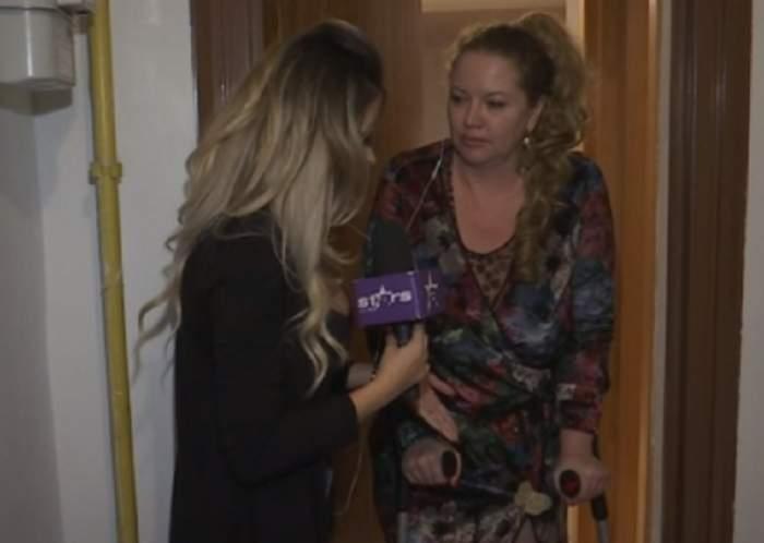 """VIDEO / Oana Lis merge în cârje, după ce a dansat la nunta lui Dinu Maxer: """"Pot să ajung la operație"""""""