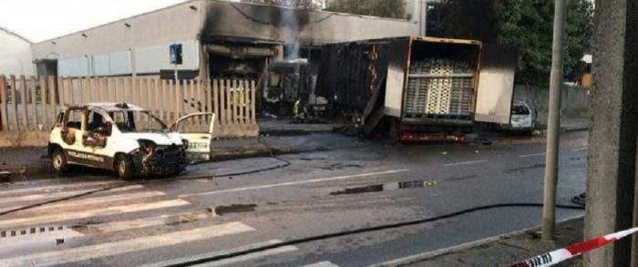Caz tragic în Italia! Un român a ars de viu în propria maşină