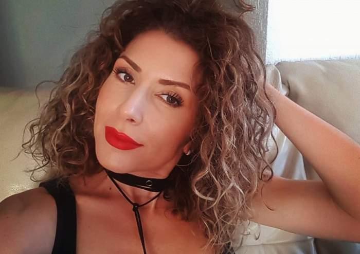 """Reacția lui Carmen Brumă, după ce ținuta ei a fost criticată: """"Sexy, sexy, dar cică prea simplu!"""""""