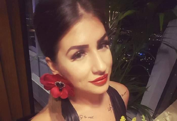 """FOTO / Alexandra, fostă concurentă la """"Insula Iubirii"""", cele mai ascunse gânduri, datorită bateriei telefonului"""