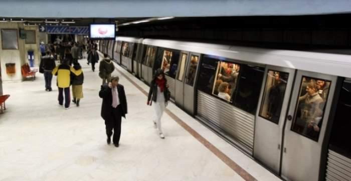 VIDEO / Pericolul de la metrou! Românii îşi riscă zilnic sănătatea fără să-şi dea seama!