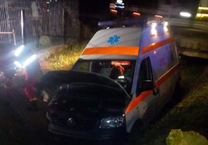 Accident grav în Sălaj! Pacienta transportată de o ambulanță a murit