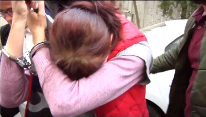 VIDEO / Brăileanca care şi-ar fi tranşat soţul a fost arestată! Ce spune femeia despre acuzaţiile aduse