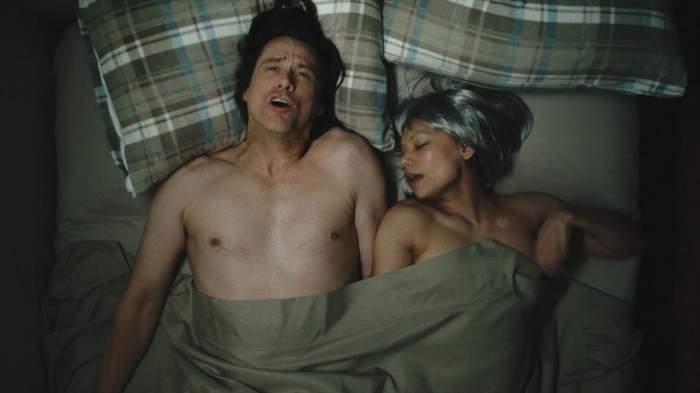 FOTO / Jim Carrey, în pat cu o actriță celebră. Goi-pușcă, au făcut senzație pe internet
