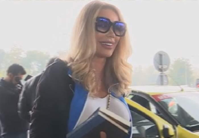 """VIDEO / Victor Slav îi trimitea mesaje Biancăi Drăguşanu în aeroport, înainte de plecarea în Asia: """"Uite, primesc încontinuu"""""""