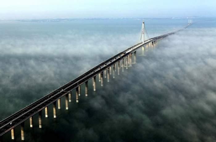 FOTO&VIDEO / China a inaugurat cel mai mare pod maritim din lume! Valorează 20 de miliarde de dolari