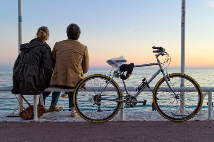 Mergi cu bicicleta? Ești premiat cu bere și înghețată