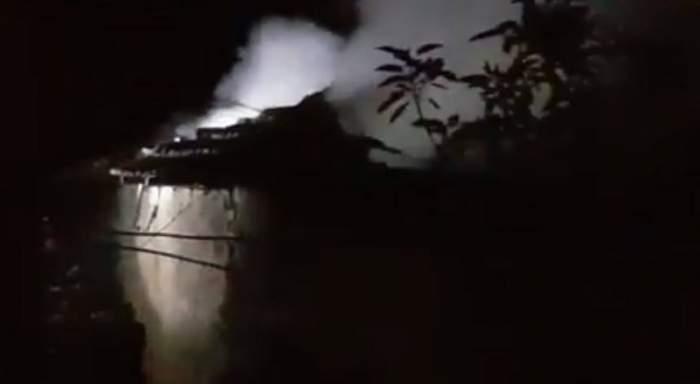 Caz tragic la Cernavodă! Doi bărbaţi au murit carbonizaţi după ce locuinţa în care se aflau a luat foc
