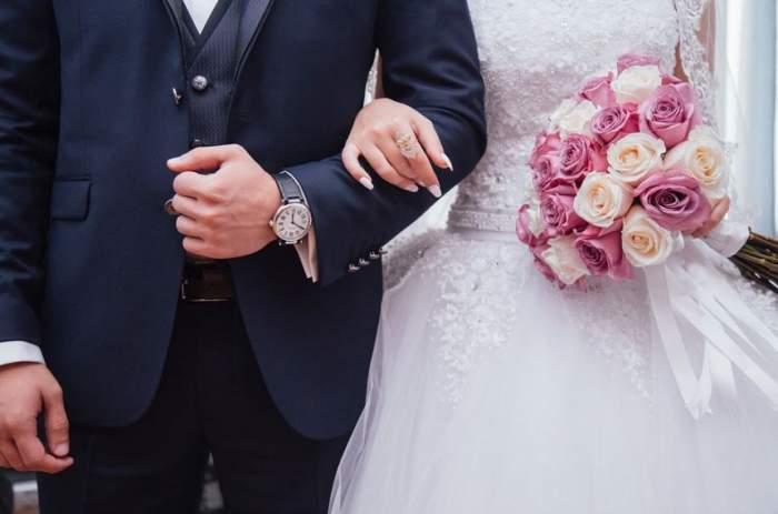 La doar câteva ore după nuntă, mirele a cerut divorţul. Motivul este unul cât se poate de banal