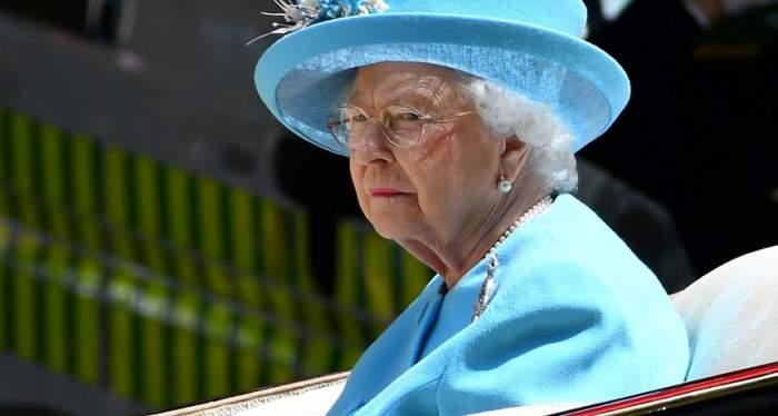 Regina Elisabeta vrea să abdice pentru ca fiul său, Prinţul Charles, să urce pe tron!