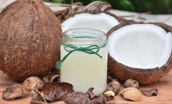 ÎNTREBAREA ZILEI! Ştiai că uleiul de cocos este nociv pentru sănătate?