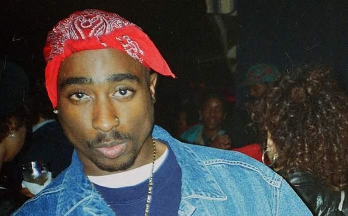 """FOTO / Vestea care a şocat lumea muzicii! """"Tupac trăieşte"""""""