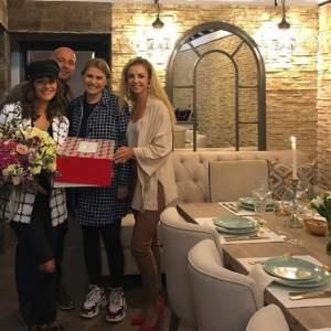 VIDEO / Mare petrecere de ziua Claudiei Pătrăşcanu! Artista a împlinit 38 de ani!