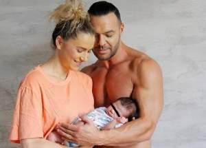 VIDEO / Cornel Păsat și-a botezat fiul. Primele imagini de la fericitul eveniment