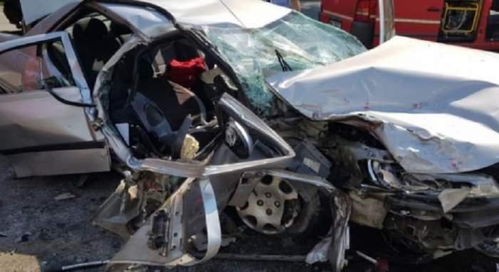 Carambol în Prahova, în această după-amiază! Două persoane au murit și alte patru au fost rănite grav
