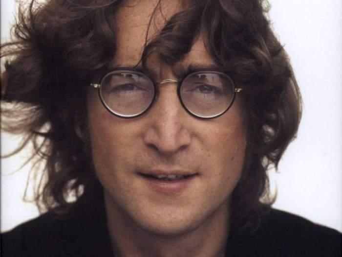 """Asasinul lui John Lennon rupe tăcerea, la 38 de ani de la crima macabră: """"Nu era chip să mă duc acasă"""""""