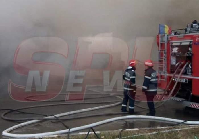 FOTO / Incendiu violent în Buftea! Se intervine pentru stingerea flăcărilor