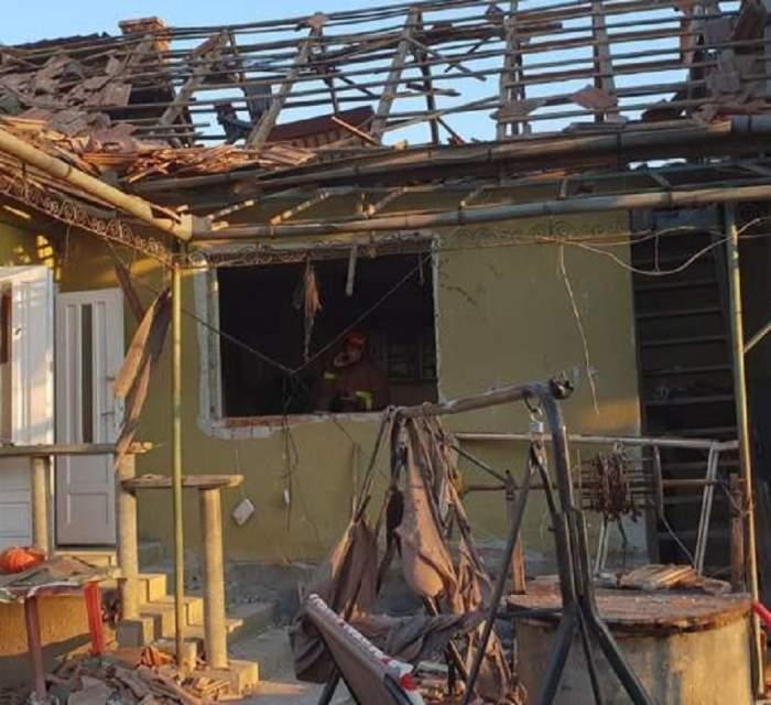 Explozie cumplită într-o casă din Mureș! Doi oameni sunt în stare critică