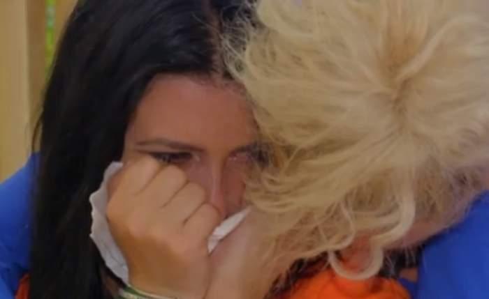 """VIDEO / Lacrimi și durere la Insula Iubirii! Concurentele plâng după ispite: """"Nu îmi plac despărțirile"""""""