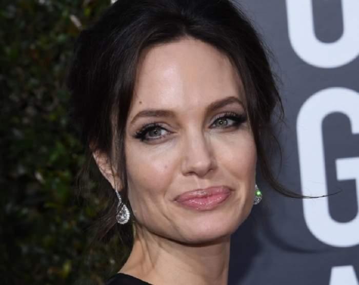 FOTO / Angelina Jolie, surprinsă în ipostaze neobișnuite, înainte să afle decizia judecătorului pentru custodia copiilor