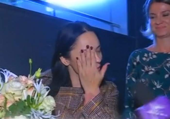 """VIDEO / Primele imagini cu Andreea Marin, după operaţia la coloană: """"Va trebui să am puţină grijă"""""""