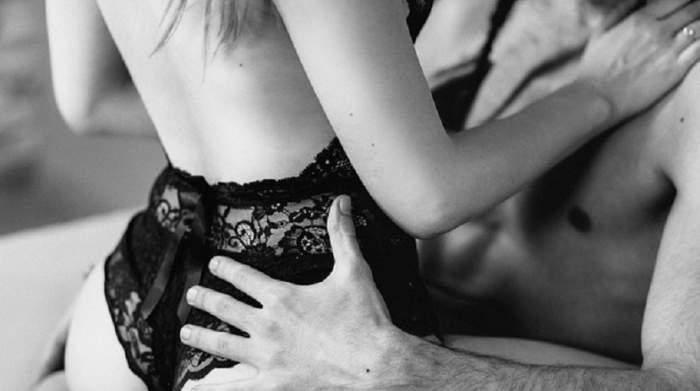 """Acestea sunt dorințele bărbaților în pat, dar le este rușine să le spună! """"Adoră să vorbească vulgar când fac sex"""""""