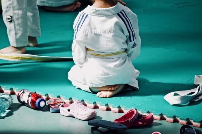 """Tatăl unei sportive abuzate la lotul naţional de  judo face dezvăluiri dureroase: """"Nu mai ştia să zâmbească"""""""