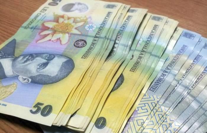 Se dau bani de la stat, începând cu data de 1 decembrie! Vezi dacă te numeri printre românii care pot beneficia de indemnizaţie