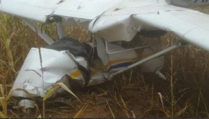 Un avion s-a prăbușit în Argeș! Imagini terifiante de la fața locului