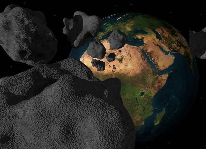 Pericolul vine din spațiu?! Trei asteroizi uriași amenință Pământul, în acest weekend
