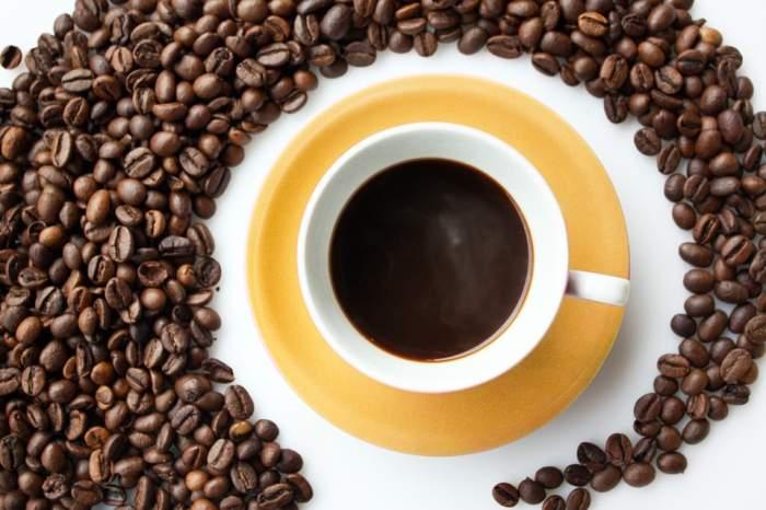 ÎNTREBAREA ZILEI: Care sunt beneficiile consumului de cafea? Te scapă de multe probleme!