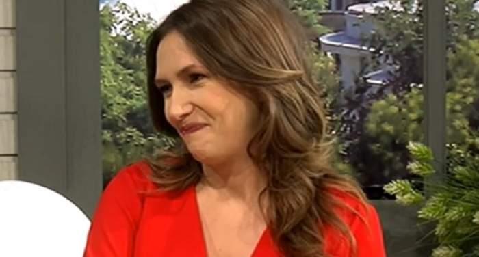 """Dezvăluiri uimitoare despre prima naştere a Adelei Popescu! """"Îi explodase faţa"""""""