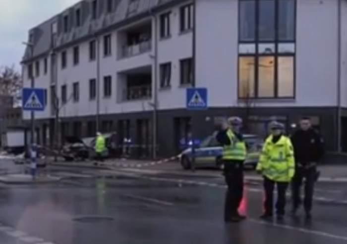 Tragedie în Germania! O maşină a intrat într-un grup de pietoni. Sunt peste 10 victime