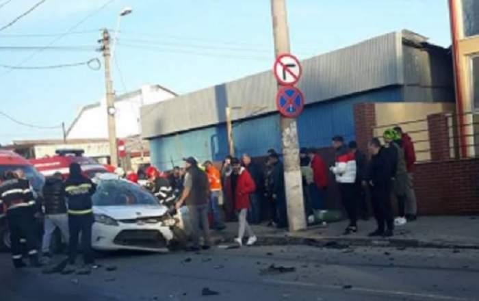 Accident cumplit în Capitală! Două mașini sau ciocnit, iar o persoană a ajuns la spital